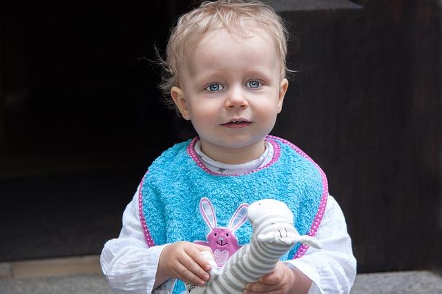 Do jakiego wieku dziecko powinno używać śliniak?